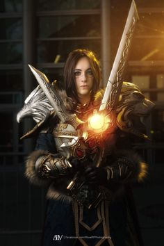 Cosplayer: Oshley Cosplay. Country: United States. Cosplay: Queen Varian Wrynn from World of Warcraft. Photos by: Alivealf Photography. https://www.facebook.com/OshleyCosplayDiary/