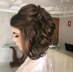 59 Short Hairstyles for Prom to Astonish Everyone - Hair Styles Prom Hairstyles For Short Hair, Short Hair Updo, Best Wedding Hairstyles, Short Wedding Hair, Bride Hairstyles, Straight Hairstyles, Medium Hair Styles, Curly Hair Styles, Mother Of The Bride Hair