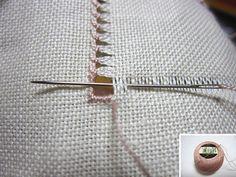 biscornu14 Basic Embroidery Stitches, Hardanger Embroidery, Flower Embroidery Designs, Simple Embroidery, Sewing Stitches, Vintage Embroidery, Embroidery Techniques, Sewing Techniques, Hand Embroidery