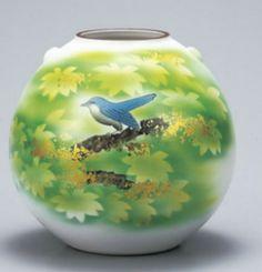 九谷焼.Kutani-yaki 花瓶