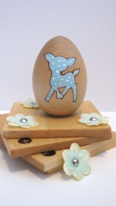 Wood toy egg Deer by OopsiDaizyBaby on Etsy, $8.00