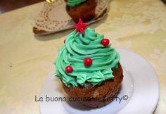 La buona cucina di Katty: Cupcake di Natale con gocce di cioccolato al profumo di arancia