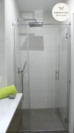 Ambiente de ba o compuesto por plato de ducha de la firma - Suelo ducha pizarra ...