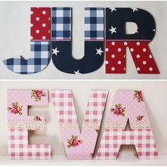 houten #letters voor de #kinderkamer. deze zijn bewerkt met meerdere soorten behang door #Mijnkinderkamer.nl.