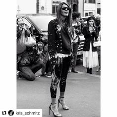 "#Repost @kris_schmitz with @dolcegabbana ・・・ Série ""I know what you did last fashionweek"" : The great Anna @anna_dello_russo by @kris_schmitz #reportage #stellamccartney #fashionweek #pfw #pfw16 #ss17 #fashionshow #show  #streetstyle #streetfashion #model  #krisschmitz #annadellorusso #paris #fun @stellamccartney"