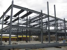 Structural steel fabrication requires a highly-skilled professional with experience and utilizes cutting-edge technology to keep track of the operation, maintain proficiency and transform raw material into marketable products. Steel Structure Buildings, Metal Structure, Metal Building Homes, Building Materials, Concept Architecture, Architecture Design, Stainless Steel Fabrication, Steel Frame House, Steel Detail