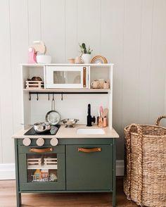 Ikea Kids Kitchen, Diy Kitchen, Kitchen Design, Kitchen Rules, Kitchen Hacks, Kitchen Utensils, Hacks Cocina, Ikea Toys, Cuisines Diy