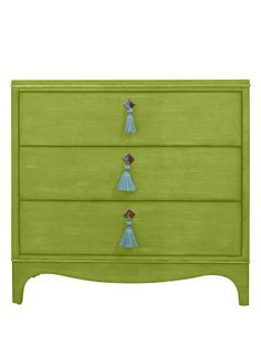 """oomph Easton Chest - LARGE - in parakeet with """"Oceanfront"""" Tassel."""