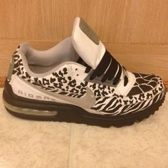 So so so want these must have!! Beautifuls.com Members VIP Fashion Club 40-80% Off Luxury Fashion Brands