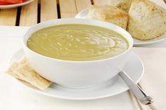 Per chi ha come me una bimba mangiona consiglio la vellutata di Verza. Un piatto semplice, sano, per tutta la famiglia.