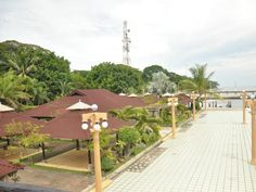 Zamboanga City Vista del Mar Resort and Recreation Center Philippines, Asia Vista del Mar Resort and Recreation Center is conveniently located in the popular City Proper area. The property features a wide range of facilities to make your stay a pleasant experience. Facilities like free Wi-Fi in all rooms, car park, room service, airport transfer, family room are readily available for you to enjoy. Guestrooms are fitted with all the amenities you need for a good night's sleep. ...