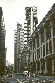 Resultado de imagem para Lloyds Building