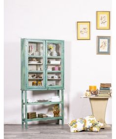 [New] The Best Home Decor Today (with Pictures) - These are the 10 best home decor today. According to home decor experts, the 10 all-time best home. Ladder Bookcase, Home Interior, Interiores Design, Home Goods, Shelves, Furniture, Home Decor, Google, Refurbished Furniture