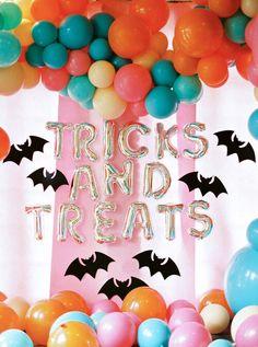 Pink Halloween, Halloween Birthday, Halloween Party Decor, Halloween Kids, Halloween Treats, Birthday Parties, 3rd Birthday, Love Balloon, Balloon Wall