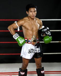 Muay Thai champ wearing his Punch gear with pride  . . #fitness #training #gym #workout #motivation #fight #getfit #fit #crossfit #fighter #mma #cardio #sports #health #exercise #boxer #punch #punchequipment #punchtv #tbt #ThrowbackThursday #throwback