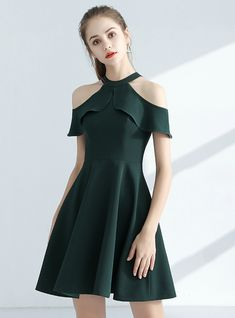 In Stock:Ship in 48 hours Green Halter Satin Homecoming Dress The most beautiful and newest outfit i Trendy Dresses, Cute Dresses, Short Dresses, Formal Dresses, Halter Dresses, Dress Outfits, Fashion Dresses, Dress Up, Dress Shoes