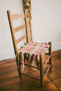 blog de decoração - Arquitrecos: Reciclagem de cadeira com trapos de tecido. Fácil, fácil!!