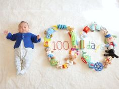 Best baby photo shoot ideas at home DIY - 健康的な生活 Funny Baby Photos, Monthly Baby Photos, Baby Boy Pictures, Newborn Baby Photos, Baby Poses, Baby Monat Für Monat, Baby Event, Foto Baby, Newborn Baby Photography
