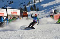 Lokalmatador Markus Schairer gewann vor dem begeisterten heimischen Publikum den Weltcupauftakt.  #weltcup #silvrettamontafon Snowboard, Winter, Mount Everest, Train, Mountains, Nature, World, Summer, Winter Time