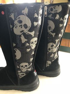 Ugg I Heart Kisses Tall Black Sequin Skull Women Suede Boots US7 Limited Edition | eBay