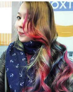 Client selfie time! @retrosteph91 rocking her impulsive new hair colour(s) #rockalilycuts #oilslickhair #shoreditch #hoxtonstation #rainbowhair