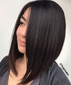 Wanna see Stylish A-Line Bob Haircut Ideas for ladies who want to go with a trendy and eye-catching bob hairstyles? Take a look at our gallery and be inspired! A Line Bob With Bangs, A Line Long Bob, Longer A Line Haircut, Line Bob Haircut, Aline Bob, Bob Haircuts For Women, Short Bob Haircuts, Straight Haircuts, Wavy Bob Hairstyles