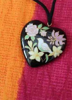 À vendre sur #vintedfrance ! http://www.vinted.fr/accessoires/colliers/31293350-collier-coeur-oiseaux-fleur-mode-glamourethique-chic-vintage-retro