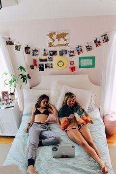 Besties, Bestfriends, Friend Goals, Bff Goals, Artistic Bedroom, Aesthetic Room Decor, Minimalist Kitchen, Minimalist Bedroom, Minimalist Living