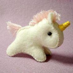 a very cute little unicorn pony Baby Unicorn, Little Unicorn, Unicorn Party, Stuffed Unicorn, Unicorn Doll, Softies, Plushies, Felt Crafts, Diy Crafts