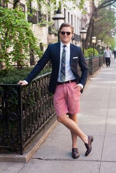 Loving the shorts with jacket shirt and tie