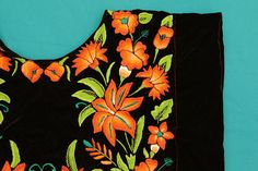 Tehuana huipil: mexican blouse of Tehuantepec handmade