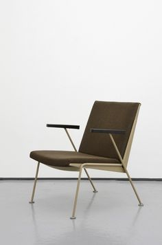 Oase chair designed by Wim Rietveld for De Cirkel Ahrend, 1958