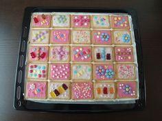 Butterkekskuchen, ein schönes Rezept mit Bild aus der Kategorie Kuchen. 484 Bewertungen: Ø 4,6. Tags: Backen, Kinder, Kuchen, Party