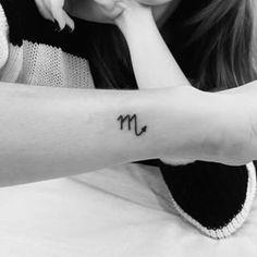 Resultado de imagem para tatuagem signo escorpião