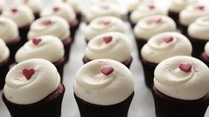 Looking for a sweet treat? Try our list of the best cupcakes in NYC at bakeries including Amy's Bread, Magnolia Bakery and Buttercup Bake Shop.