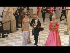Furture king of Denmark, Crown Prince Frederik celebrates his birthday at Christiansborg Castle, with world leaders, crownheads of Europe, danish minist. Kingdom Of Denmark, Danish Royal Family, Danish Royals, Crown Princess Mary, Bridesmaid Dresses, Wedding Dresses, Queen Anne, 50th Birthday, Kate Middleton