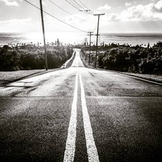 Road into the clouds. With Mokulele Airlines at the small Airport Kapalua which is just behind. Hawaii, Country Roads, Clouds, Instagram Posts, Hawaiian Islands