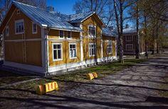 Jukola-talo Tampereella Urban Design, Fine Art Photography, Finland, Photo Art, Shed, Outdoor Structures, Wall Art, House Styles, City