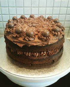 Chocolate malteser and flake cake