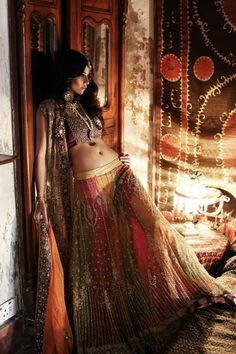 Luscious lehenga You are in the right place about Saree Styles grey Here we offer you the most beautiful pictures about the Saree Styles galleries you are looking for. When you examine the Luscious lehenga Indian Dresses, Indian Outfits, Asian Fashion, Boho Fashion, Modest Fashion, Fashion Ideas, Style Nomade, Belly Dance Costumes, Gypsy Style