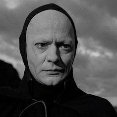 The Seventh Seal - Blu-ray Max von Sydow Ingmar Bergman Bergman Movies, Bergman Film, Ingmar Bergman, Max Von Sydow, Top 100 Films, The Best Films, Six Word Memoirs, The Seventh Seal, Six Words