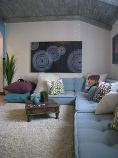 Room Challenge – Week 1 House of Turquoise: One Room Challenge - Week idea for seating in a loft.House of Turquoise: One Room Challenge - Week idea for seating in a loft. Living Room Modern, My Living Room, Living Room Designs, Living Room Decor, Small Living, Cozy Living, Modern Couch, Turquoise Room, House Of Turquoise