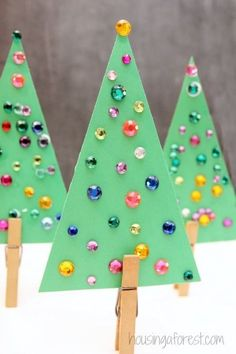 Easy Christmas Tree Crafts Ideas for toddlers and preschoole.- Easy Christmas Tree Crafts Ideas for toddlers and preschoolers Jeweled Christmas tree - Jeweled Christmas Trees, Christmas Activities, Christmas Crafts For Kids, Christmas Holidays, Christmas Decorations, Christmas Crafts For Kindergarteners, Kids Winter Crafts, Kindergarten Christmas Crafts, Christmas Thoughts