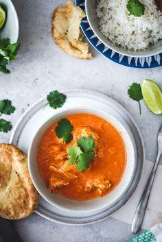 Butter Chicken Rezept Indische Küche Indisch kochen Indisches Curry mit Hühnchen Garam Masala Koriander Naan Brot zuckerzimtundliebe foodblog asiatisch kochen bestes curry foodstyling broste copenhagen serie grod