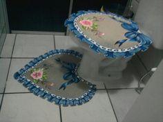 Jogo de banheiro com pintura em tecido