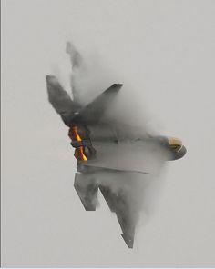 F-22 Raptor awesome shot!! :)