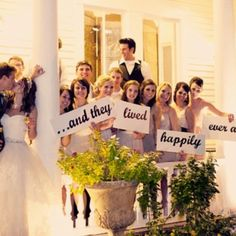 Cute pictures with the bridal party :)