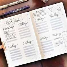 10 Bullet Journal weekly layout to try - - Brenda O. 10 Bullet Journal weekly layout to try – – Bullet Journal Tracker, Bullet Journal School, Bullet Journal Inspo, Bullet Journal Agenda, Bullet Journal Weekly Layout, January Bullet Journal, Self Care Bullet Journal, Bullet Journal Spread, Bullet Journal Ideas Pages