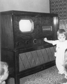 Invented First Television Set ~     The very first television sets looked nothing like the high definition flat screen televisions that we have today.