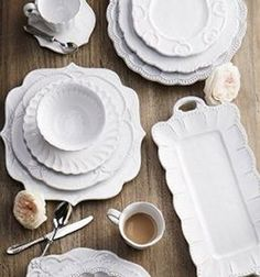 Made by Arte Italica. The Arte Italica Bella Bianca four piece place setting includes dinner plate, salad plate, cereal bowl and mug. Cream Dinnerware, Stoneware Dinnerware, Casual Dinnerware, Italian Fashion Designers, White Dishes, Kitchen Gifts, Kitchen Stuff, Kitchen Decor, House Gifts